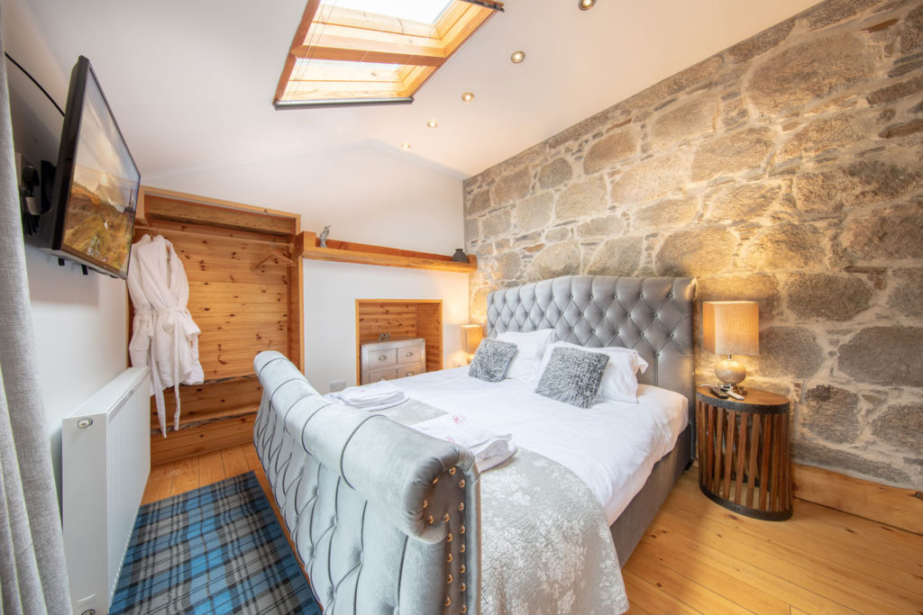 Bedroom-Luxury-Lodge-Aviemore-24