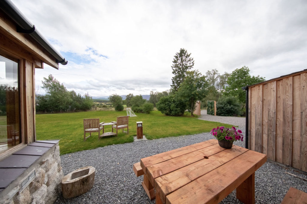 Outside-Views-Luxury-Lodge-Aviemore-151